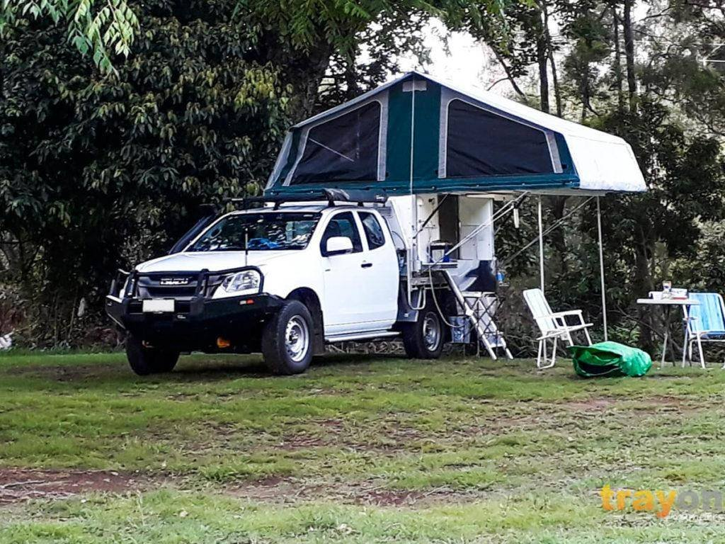 White Space Cab 2018 Isuzu Dmax 4x4 ute with Trayon Slide on Camper camping outside
