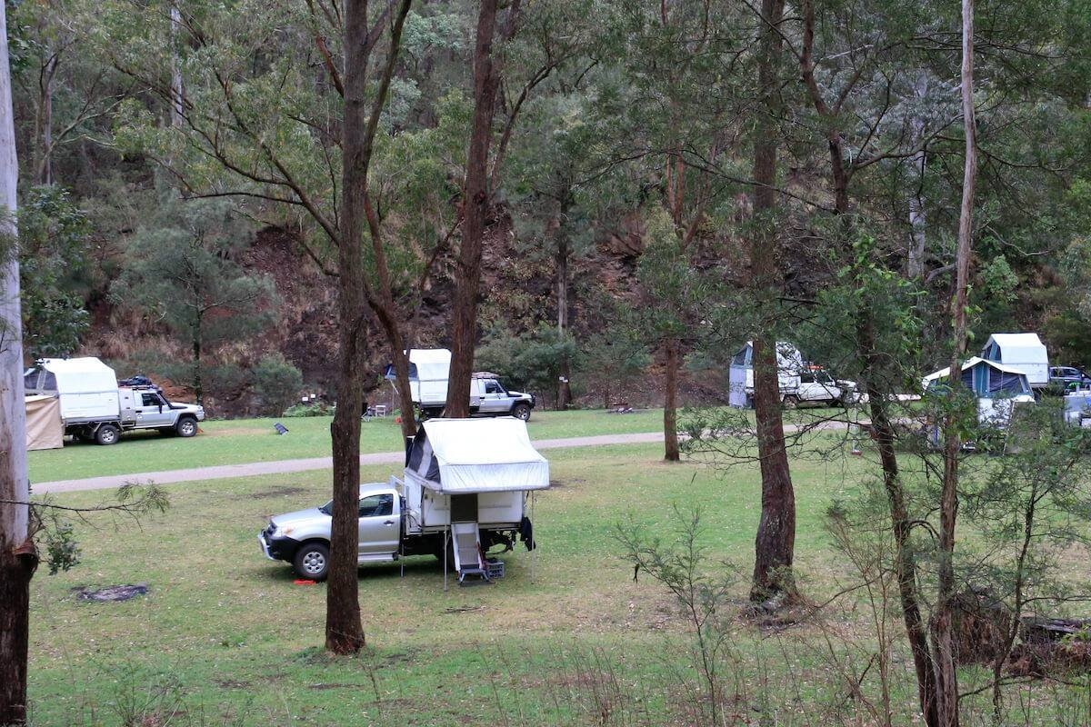 Gordon Country Campsite by River - Trayon Campers